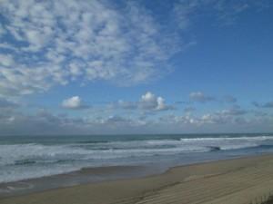 ocean-plage-et-nuages-janvier-2015_5187128-L